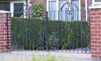 wrought iron driveway gate in west sussex